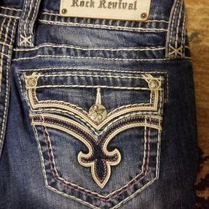 NWOT Rock Revival Skinny Jeans Size 29x30